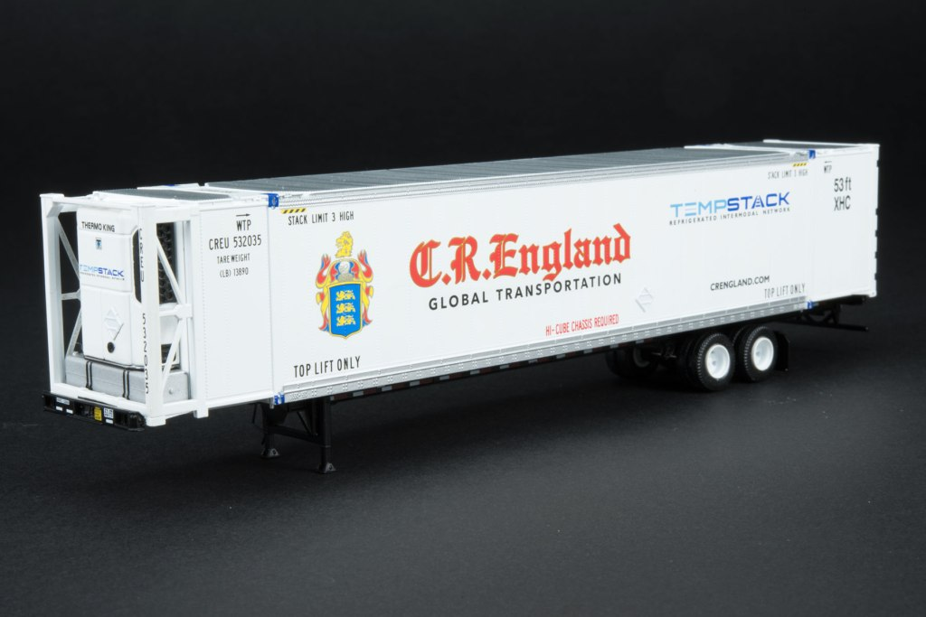 SXT-Reefer-Container-CR-England-on-chassis